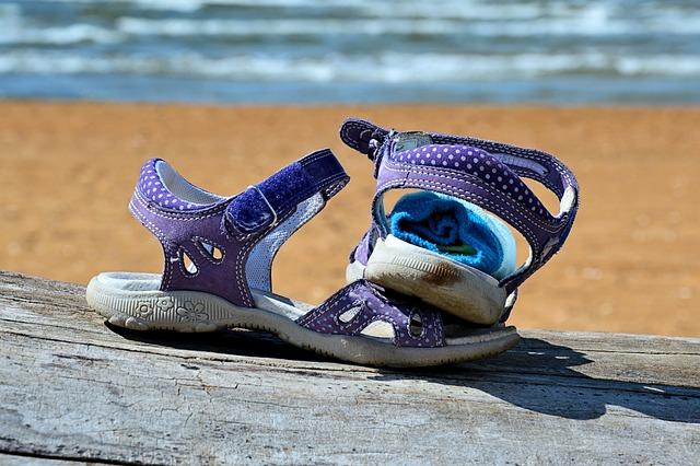 letní dětská obuv
