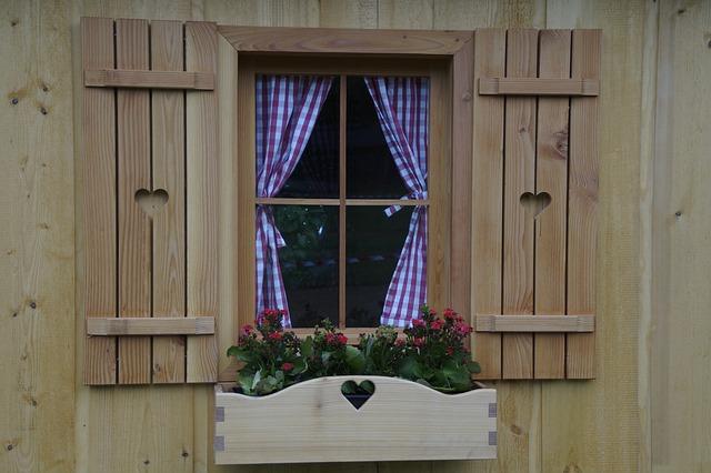 srdce v okenicích